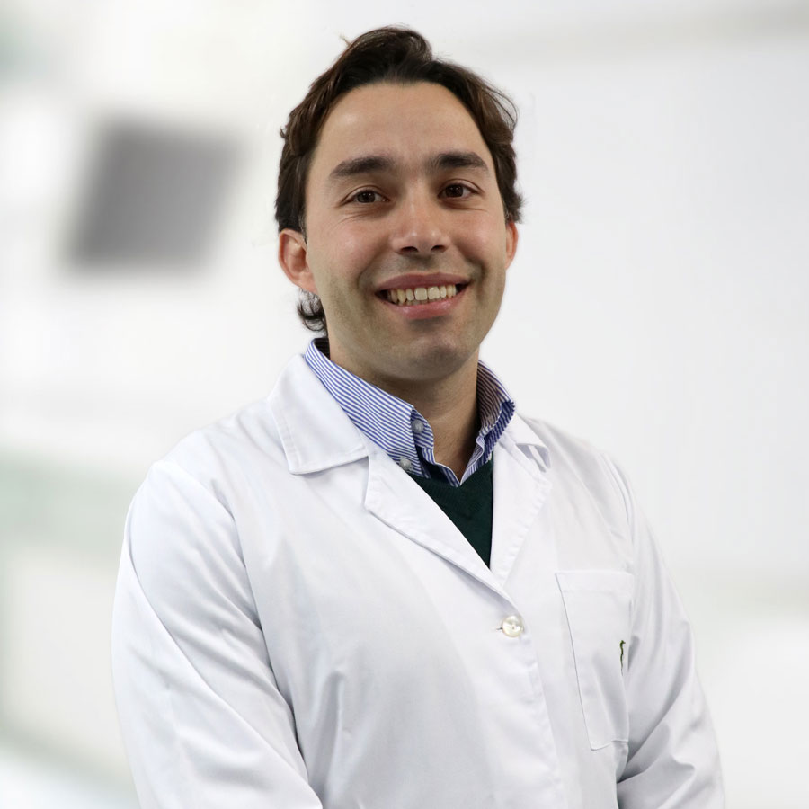 Dr. Emanuel Raposo